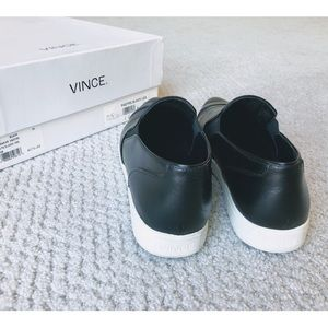 Vince Shoes - Vince Paeyre Leather Pointed Toe Slip On Sneakers
